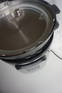 Instant pot stacking lid